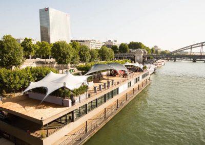 Paris – Le Ponton – 2 000 personnes