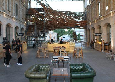 Bordeaux – Darwin – 1 200 personnes